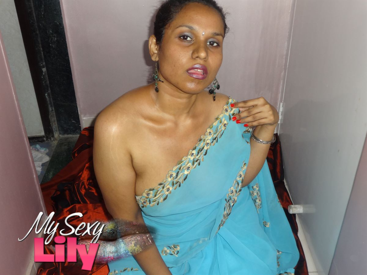 Lily pic gal 10. Lily singh in light blue sky color sari after party naked in bedroom